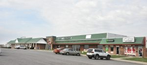 Robin Hart/rhart@amnews.com Pleasant Retreat Shopping Center, south of Lancaster, could be the future home of Save A Lot.