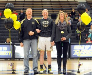 Matt Overing/matthew.overing@amnews.com Boyle County's Emmie Harris stands with her parents, Jim and Melanie